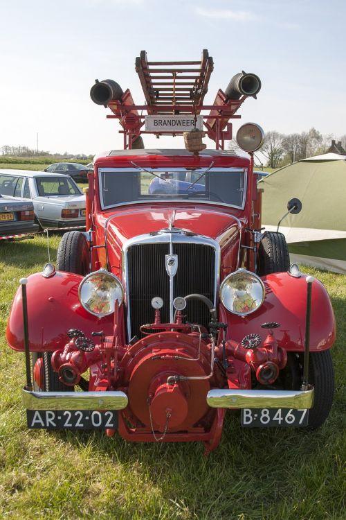 oldtimer fire auto
