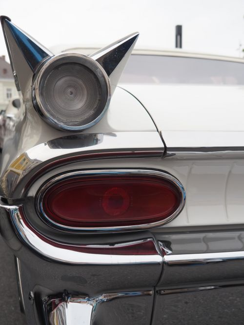 oldtimer,us car,tailfin,classic,american,auto,usa,vehicle,old,nostalgia,rarity,us-car,american car,vintage,vintage car mobile,bumper,chrome,pontiac,1959