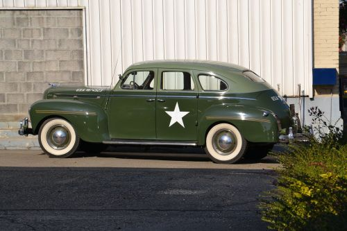 oldtimer green army