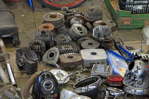 oldtimer spare parts metal
