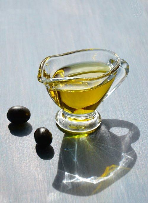 olive oil  the gravy boat  oil