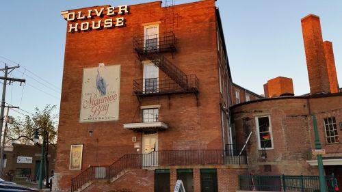 oliver house toledo historic