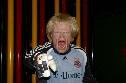 oliver kahn footballers goalkeeper