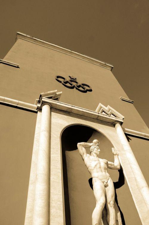 olympics statue sculpture