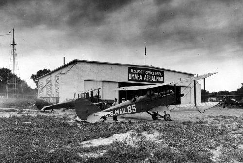 omaha airfield airplain