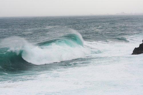 onda  cliff  sea storm