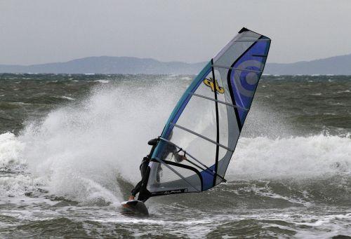 onda windsurfing action