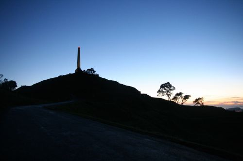 one tree hill auckland sunrise