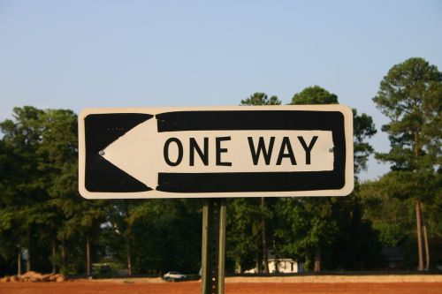 one-way sign arrow
