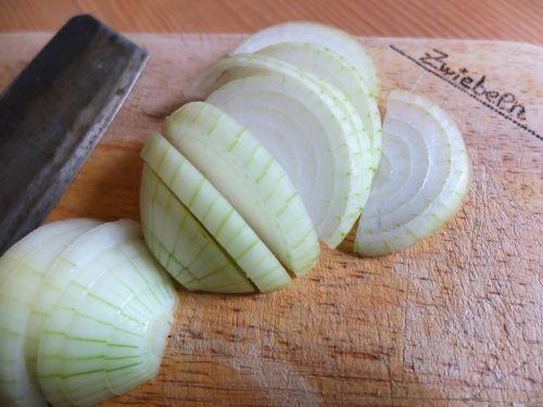 onion onion rings knife