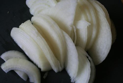 Onion Pieces