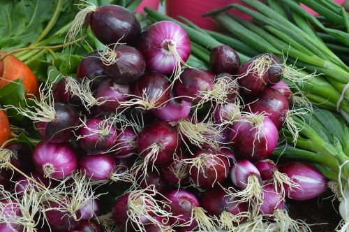 onions red green vegetables