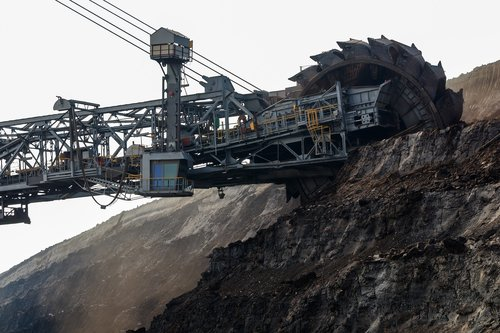 open pit mining  carbon  industry