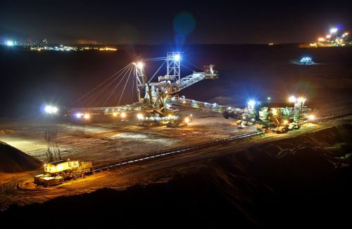open pit mining night bucket wheel excavators