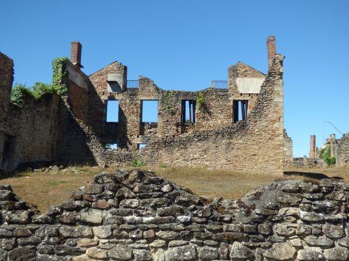 oradour-sur-glane war destroyed