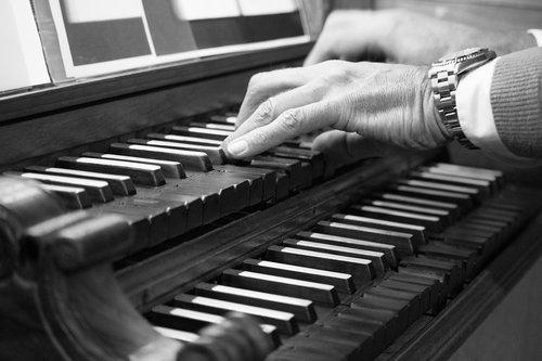 organ  keyboard  register