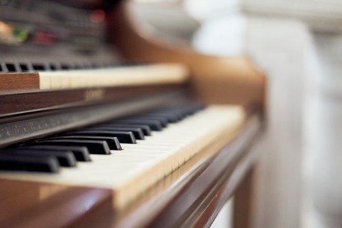 organo  music  ilge