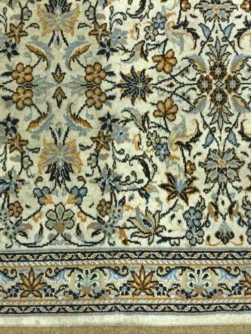rug oriental pattern