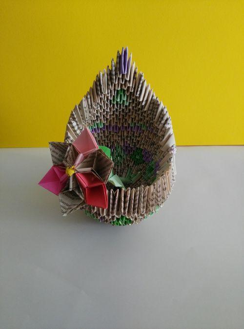 origami vase map