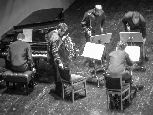 orqueste music piano
