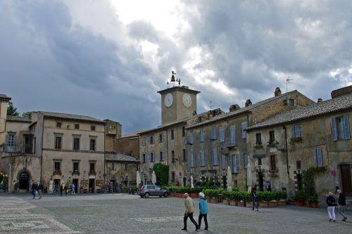 orvieto umbria piazza
