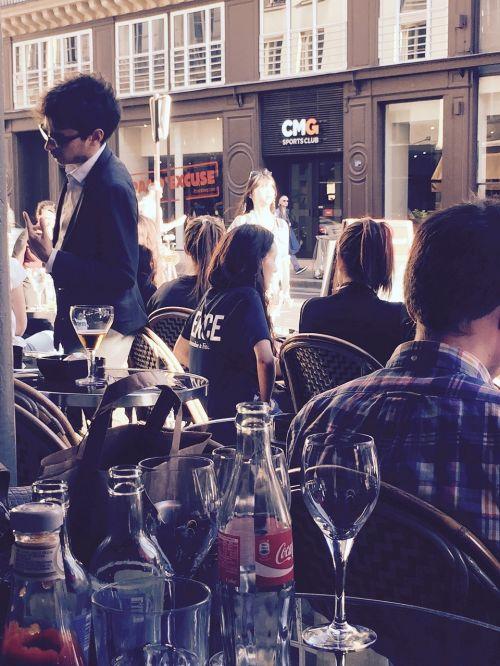 outdoor bar happy hour pub