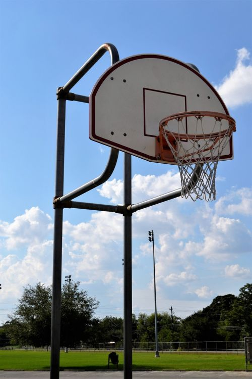 outdoor basketball court houston texas