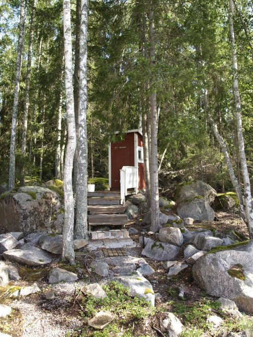 outhouse summer norrland
