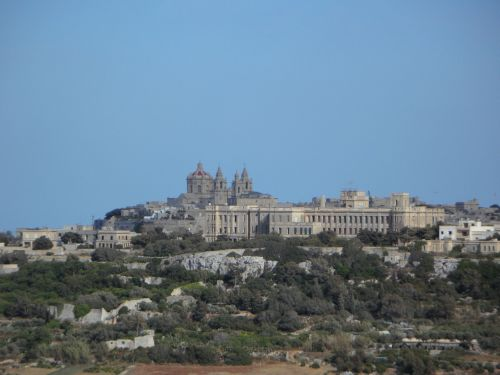 outlook view malta