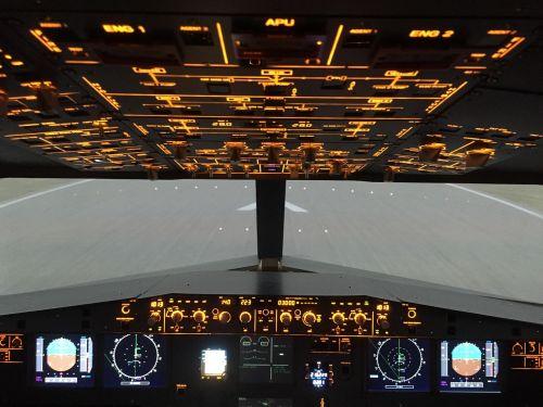 overhead airbus a320 simulator