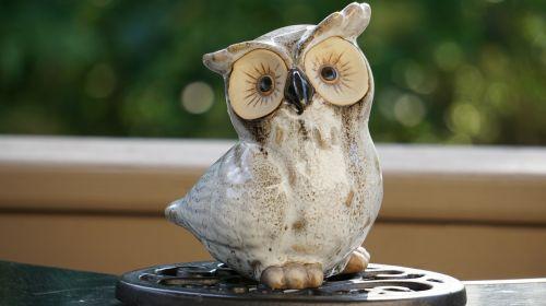owl statue sculpture
