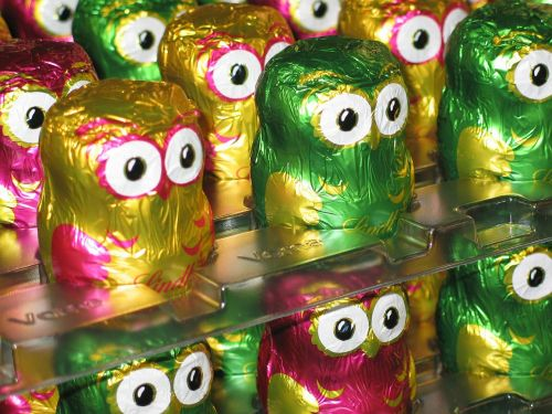 owls chocolate lindt