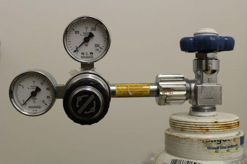 oxygen oxygen lax artificial respiration
