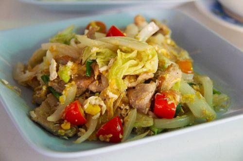 pad thai food lunch