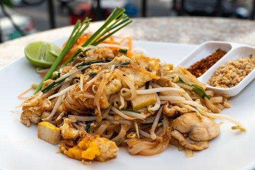 pad thai  thai food  thailand