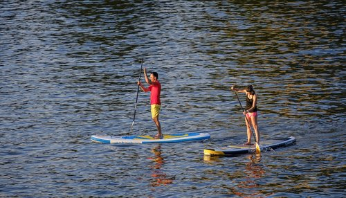 padding  stand paddle  stand up paddle surfing