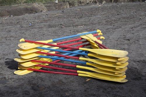 paddles  canoe  recreation