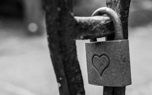 padlock heart love