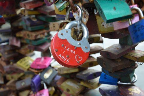 padlocks love bridge