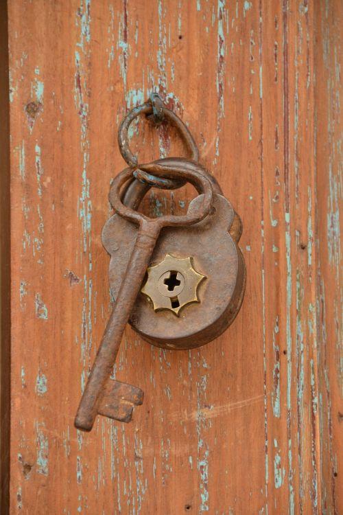 padlocks old bolt