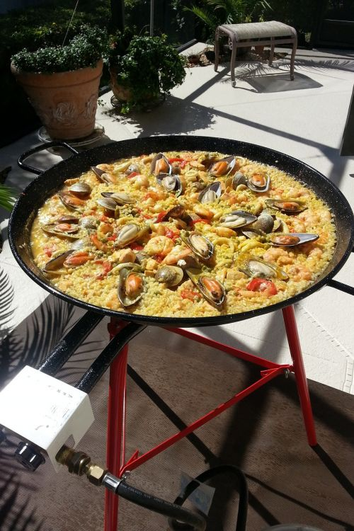 paella spanish paella fire