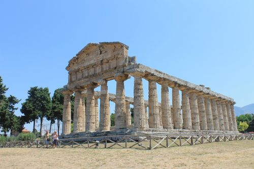 paestum italy ancient