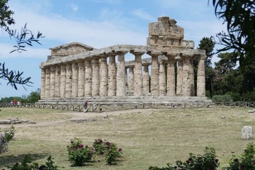 paestum italy antiquity