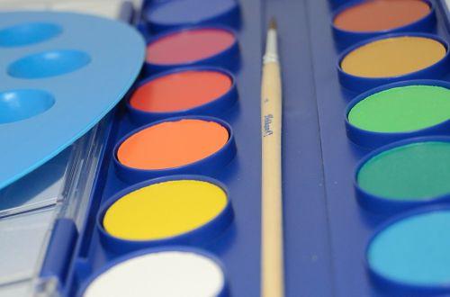 dažyti,dažymas,spalvos,vaikai,mokykla,darželis,linksma,dažų spalvos,šepetys