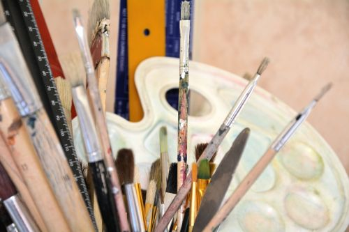 paint brushes palette creativity