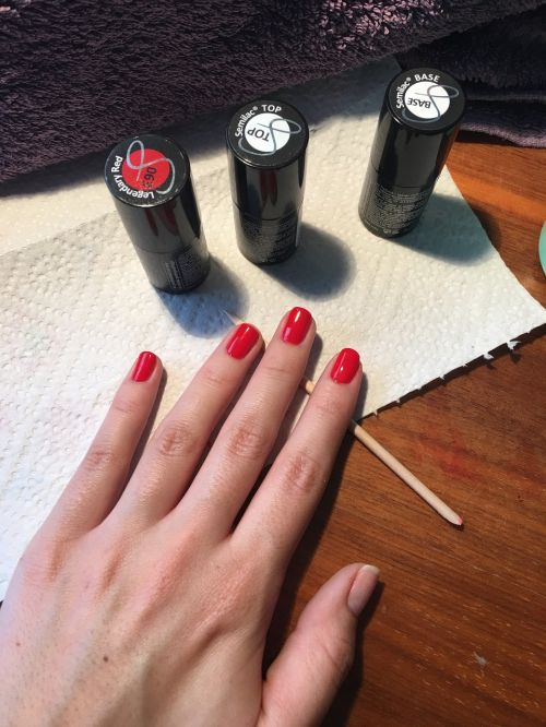 painting manicure beautician