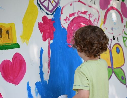 painting child drawing