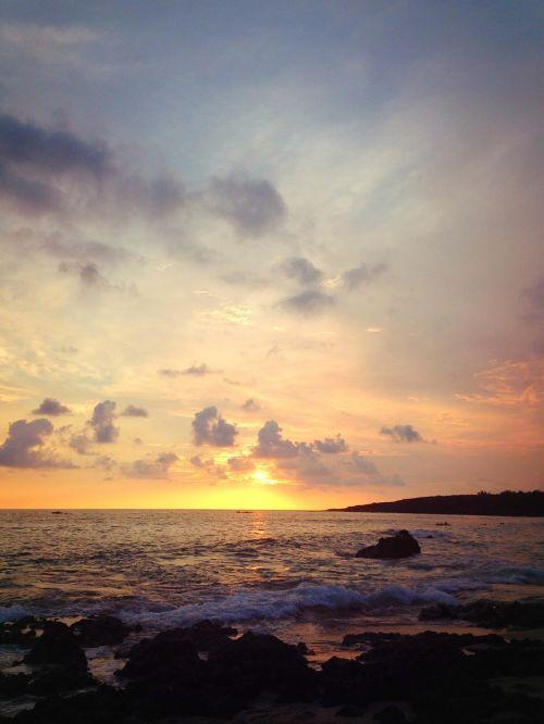 pak sha wan sunset the sea