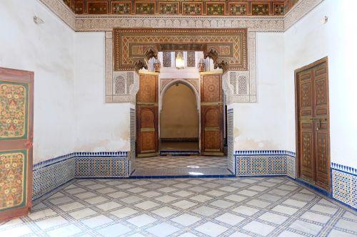 the bahia palace marrakech souk