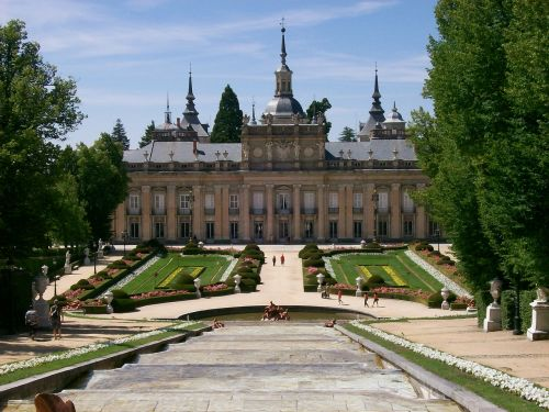 palace segovia source
